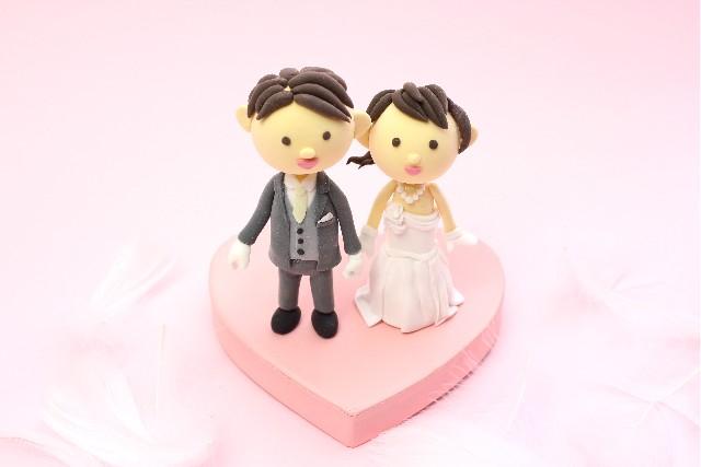 ウェディングドレスを可愛く着て結婚式を挙げられるのが早婚のメリット