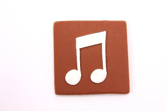 音楽は聴けば心が癒され、ライブ観戦すればストレス発散できる趣味