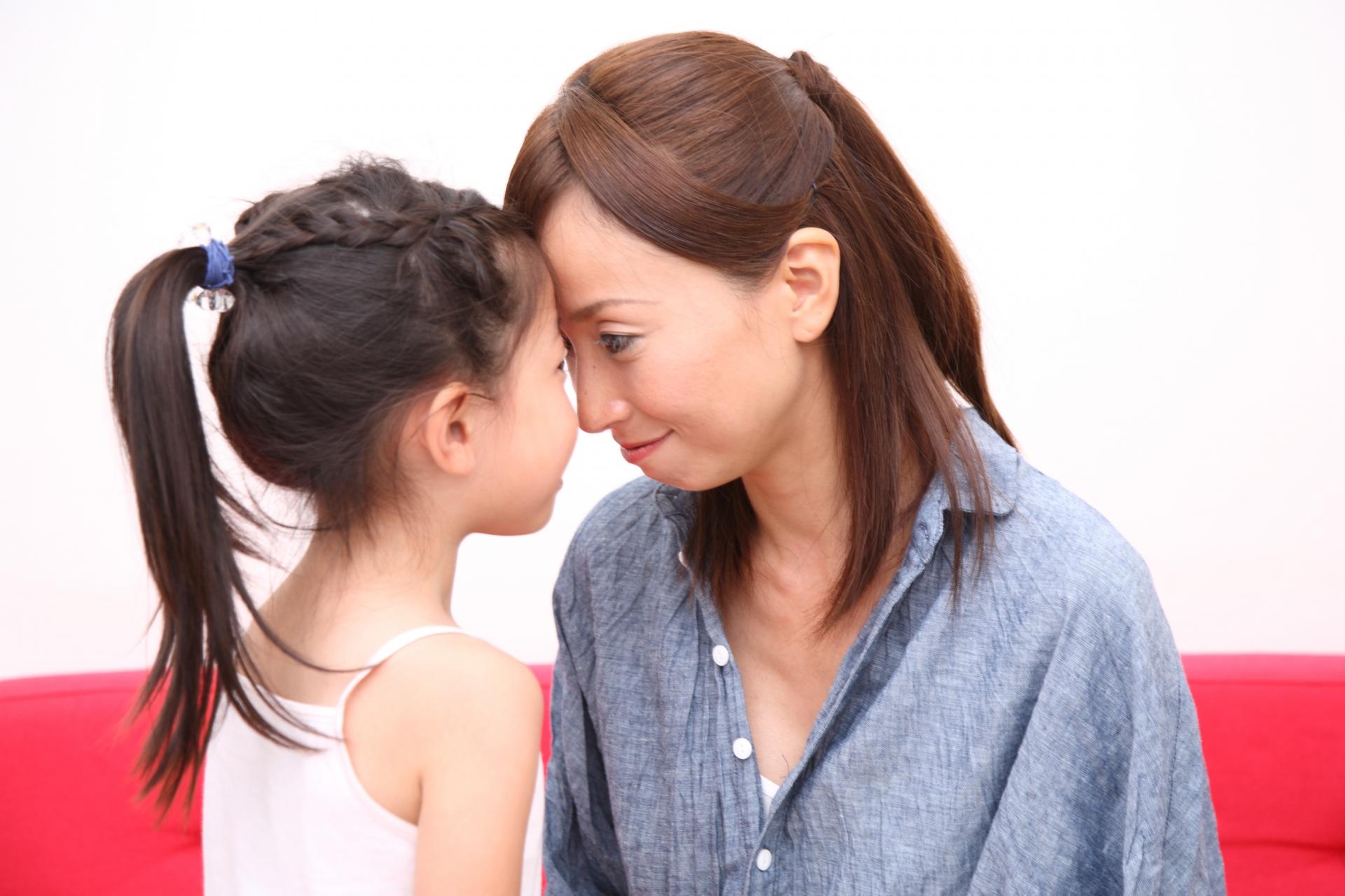 子供の人間形成が出来る前に愛情を込めて優しい口調で接して欲しい